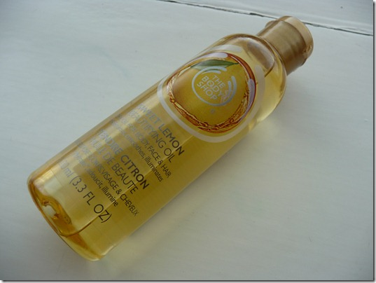 The Body Shop – Beautifying Oil Sweet Lemon