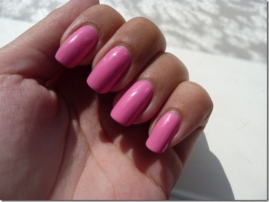 Essie – Lovie Dovie