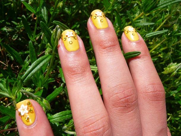 strand nail art 083