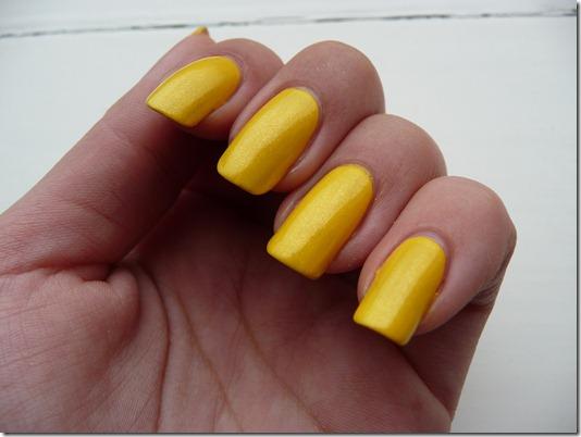groene look,blauw geel nagels 170