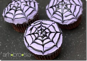 how-to-make-spiderweb-cupcakes_large
