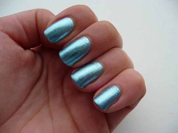 pink look pupa nail art essence 134