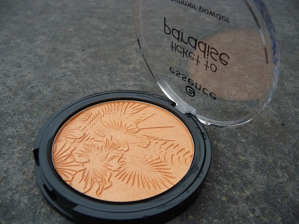 Essence – Shimmer Powder Limited Edition Ticket To Paradise