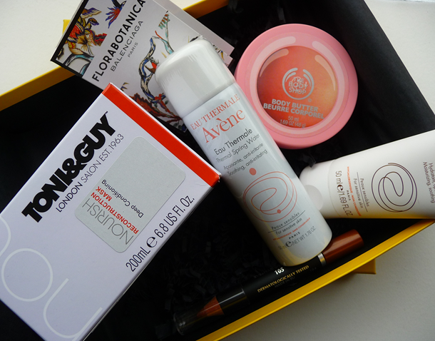 Unboxing video – Truly Yours dinsdag crisisbox