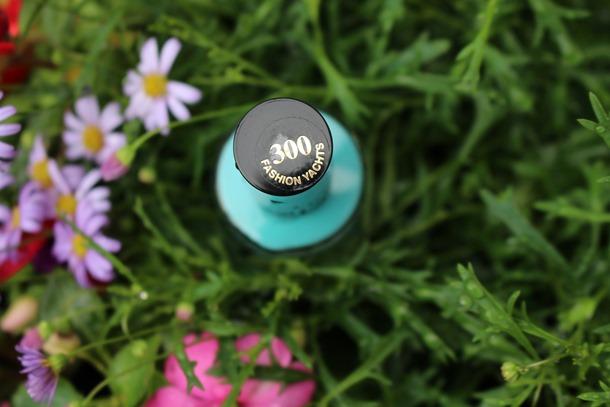 blauwe nagellak 037
