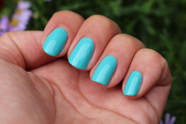 blauwe nagellak 049
