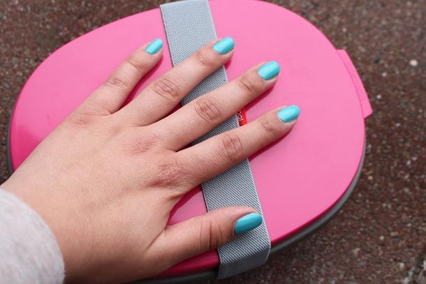 blauwe nagellak 058