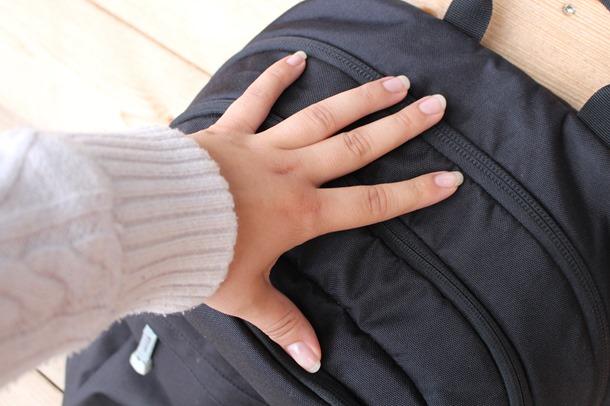 rugzak opgemaakt kleding 013